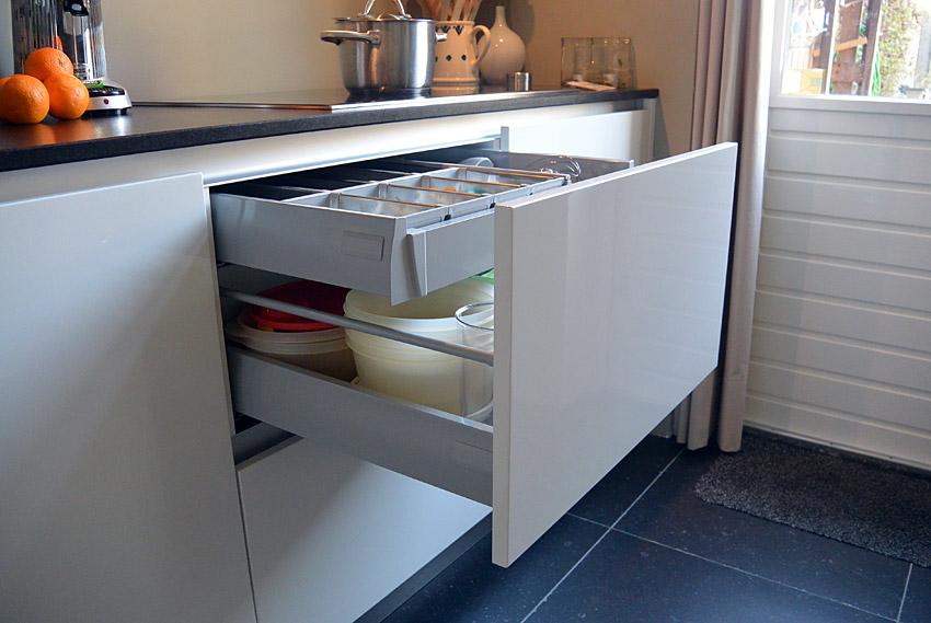 Strakke Witte Keuken In Oisterwijk : dorpshuis oisterwijk in een ...
